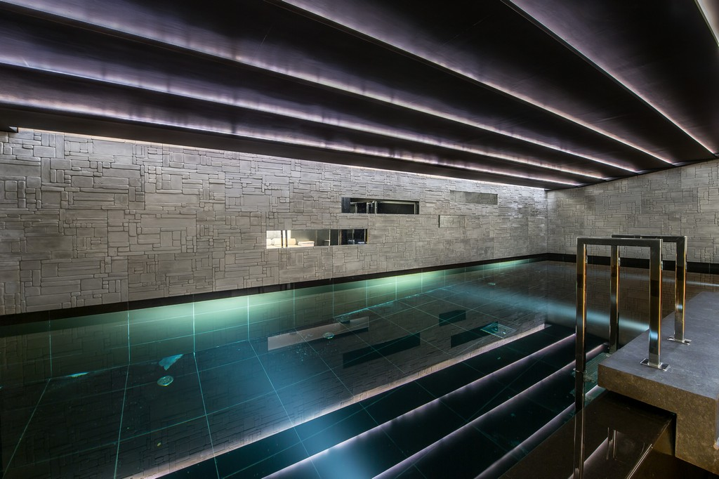 Swimming pool inside Chalet Perce Neige in Courchevel 1850