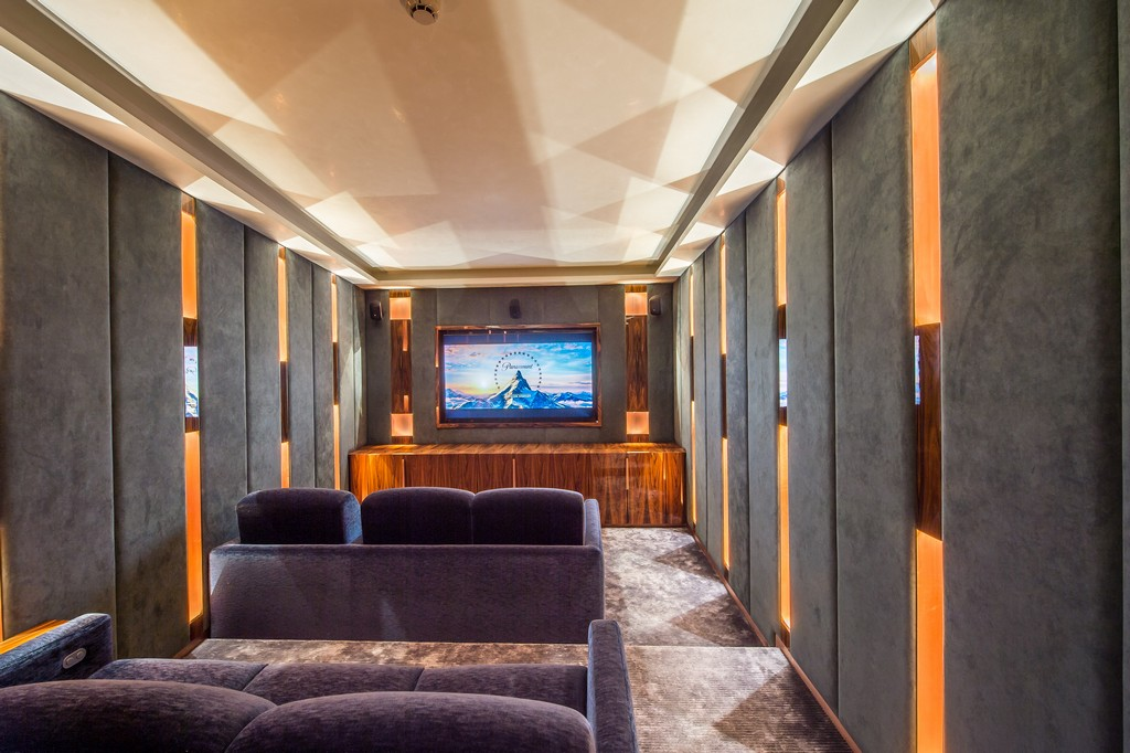 Entertainment area for movies cinema Chalet Perce Neige in Courchevel 1850