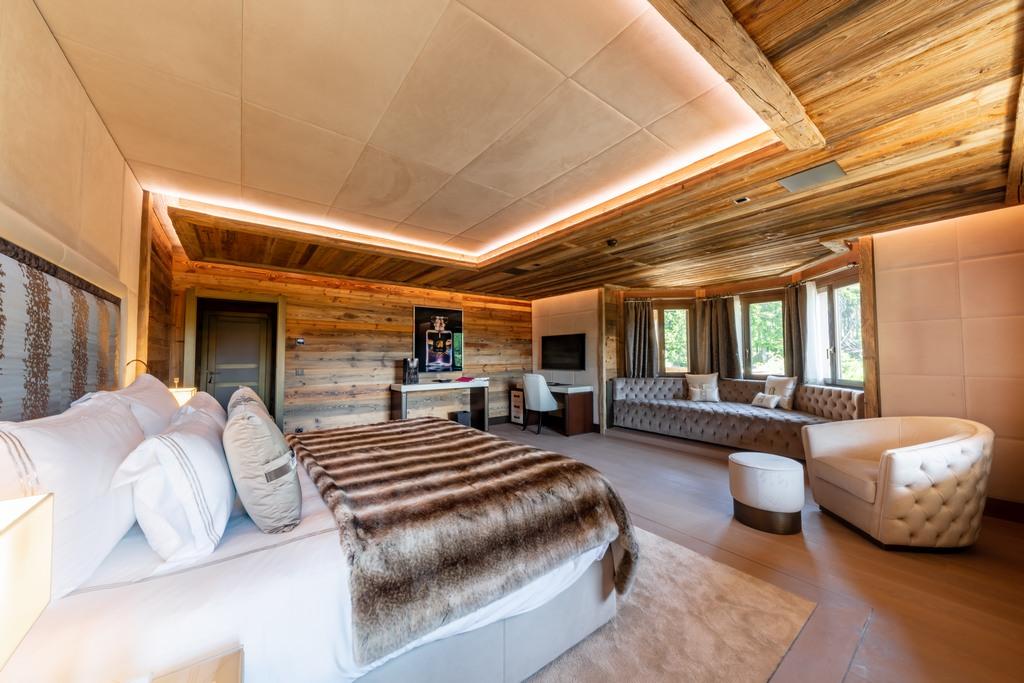 En-suite bedroom Ultima collection