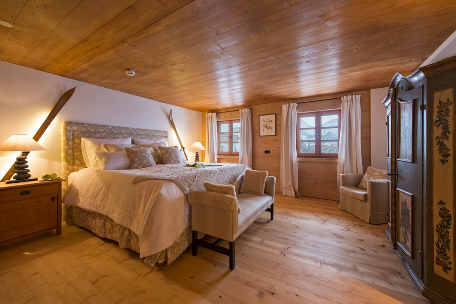 Master bedroom by day 1597 chalet in Lech with Hot-tub