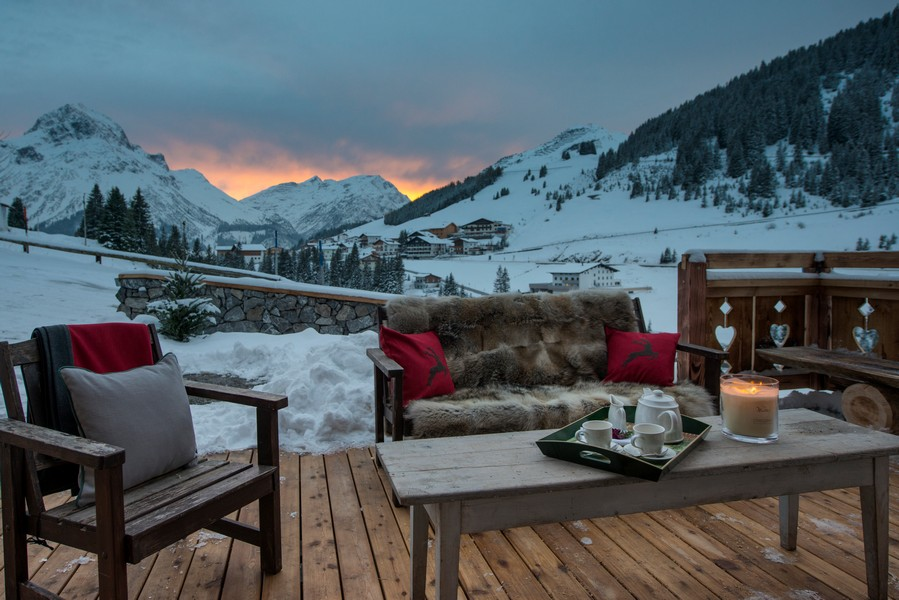 Views from 1597 chalet in Lech with Hot-tub