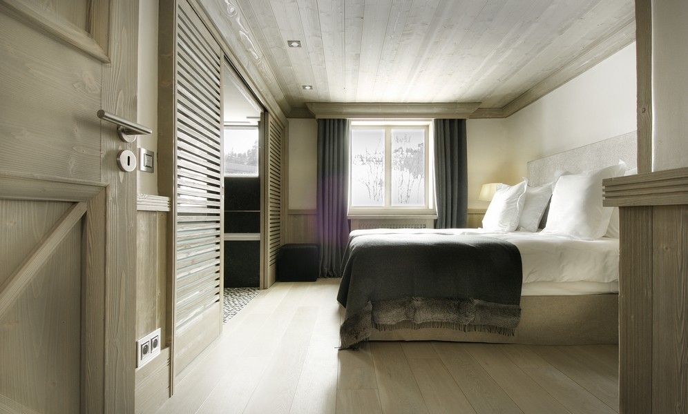 3rd bedroom Catered Chalet in Val D'Isere - Black pearl