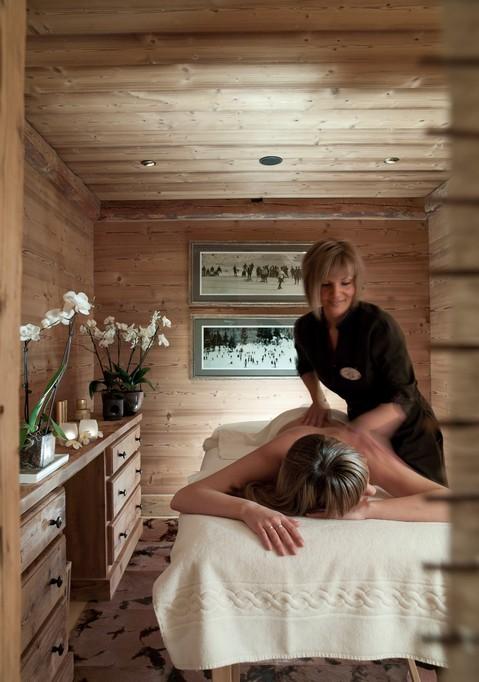 massage room massaging Chalet Ormello in Courchevel 1850