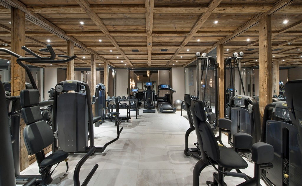 Gym at night Chalet Owens in Courchevel 1850