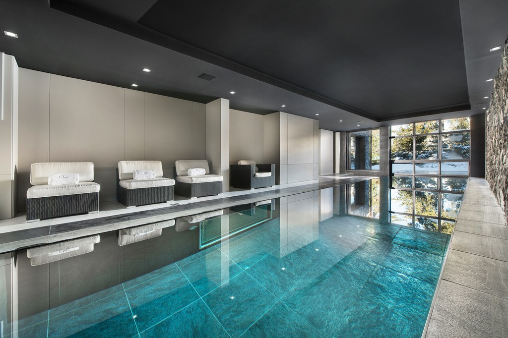 Private Swimming pool Chalet Owens in Courchevel 1850