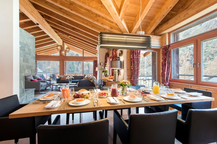 Chalet Shalimar dining room with alpine views
