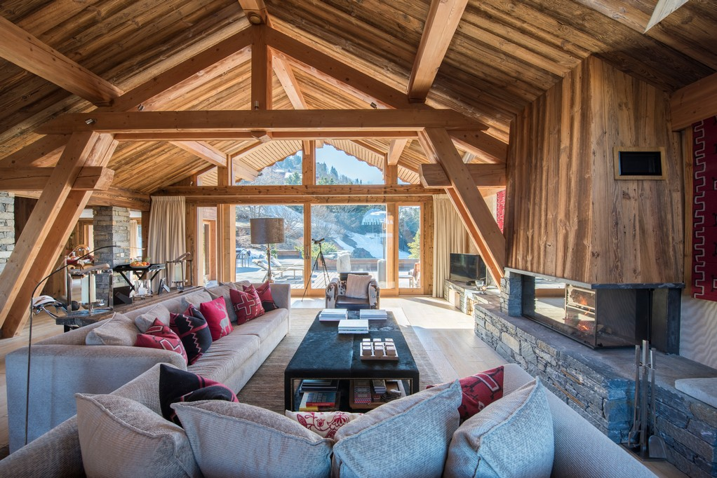 Interiors living areas Mont Tremblant Chalet in Meribel