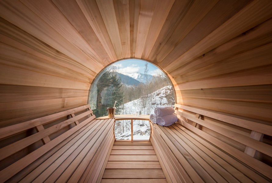 Sauna with snow areas chalet Sapphire in Morzine