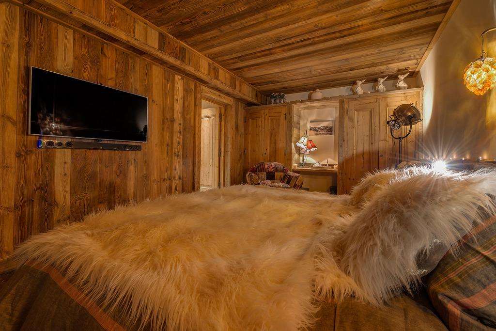 Luxury en-suite bedroom Chalet Husky