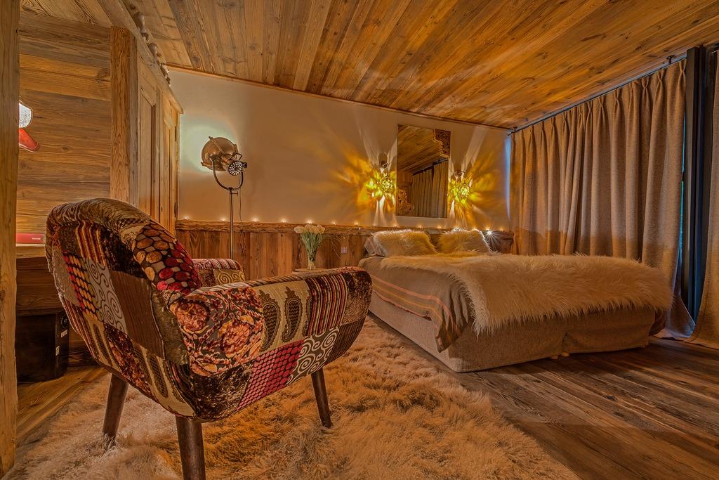 Bedroom two Chalet Husky