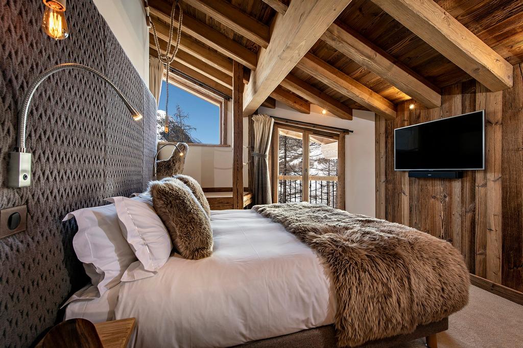 Bedroom-2 Machapuchare