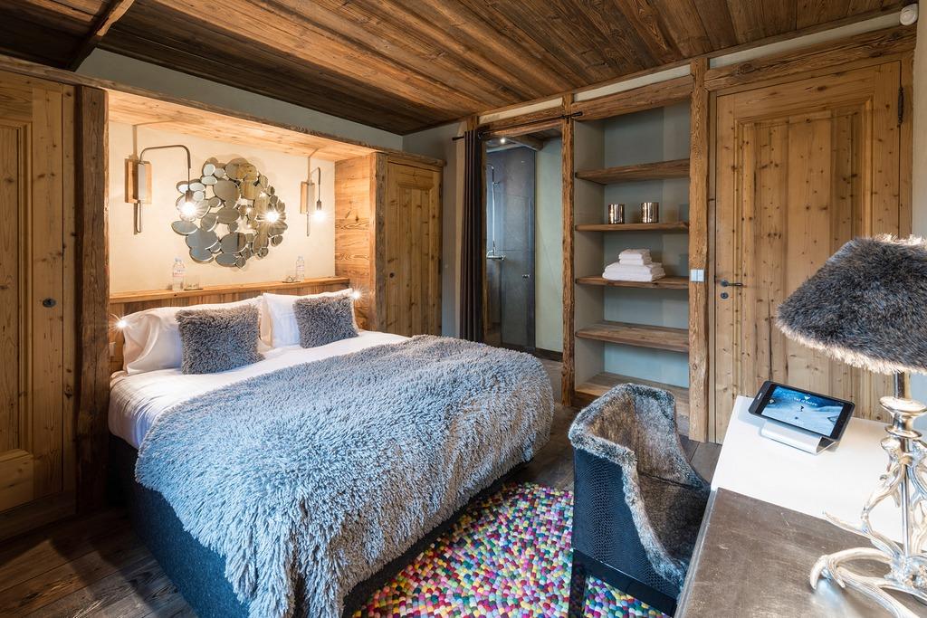 Bedroom five Chalet Husky