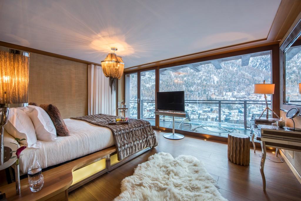 The Front Guest Suite 1 with alps view Chalet Zermatt Peak