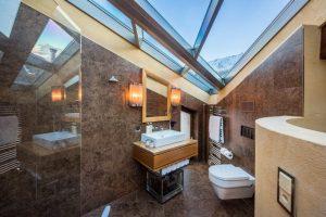 Bath room in the bedrroms Chalet Zermatt Peak