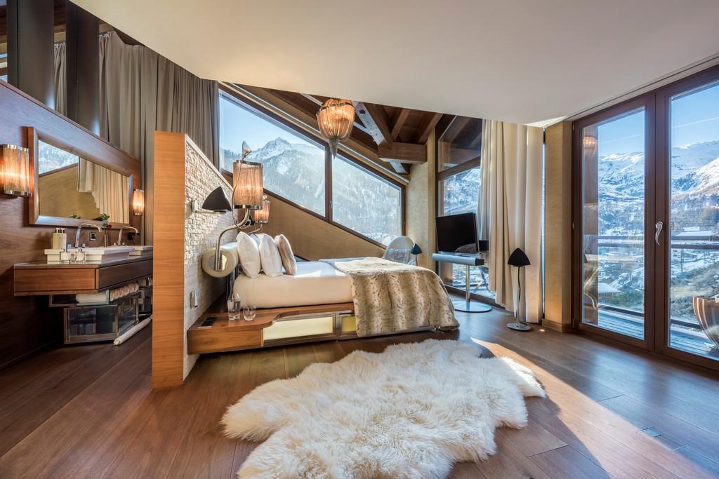 Master suite 2 with Views Chalet Zermatt Peak