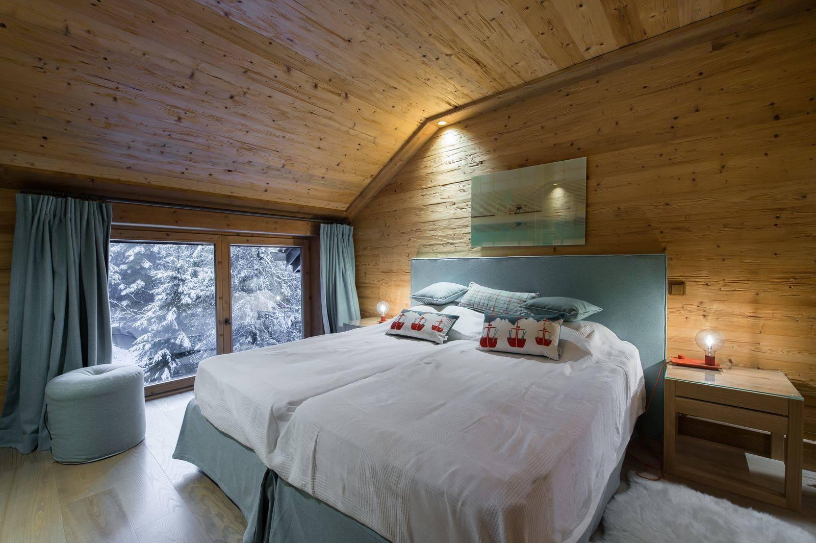 Master bedroom Snow outdoors chalet adalta Meribel