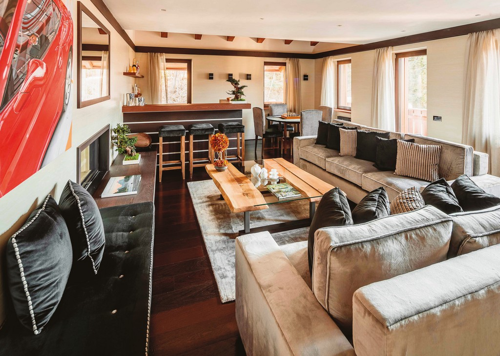 Living room with bar Chalet LV-02