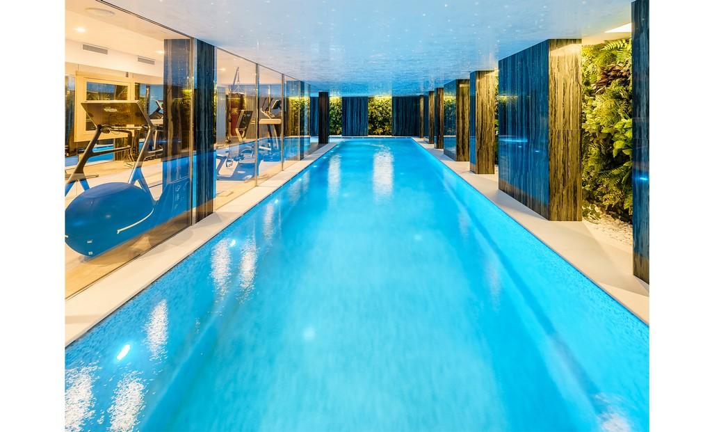 Chalet Pool Spa Wellness