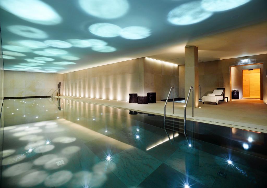 Indoor pool Aurelio Club Chalet