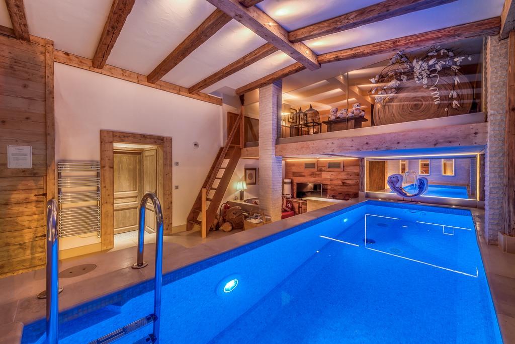 pool wellness areas