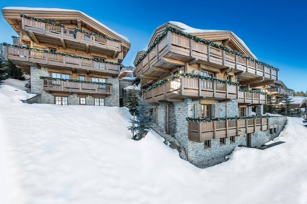 Ski-in Ski-out location Chalet Main
