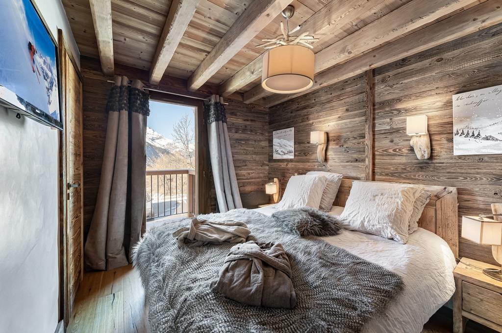 chalet markho-double bedroom en suite