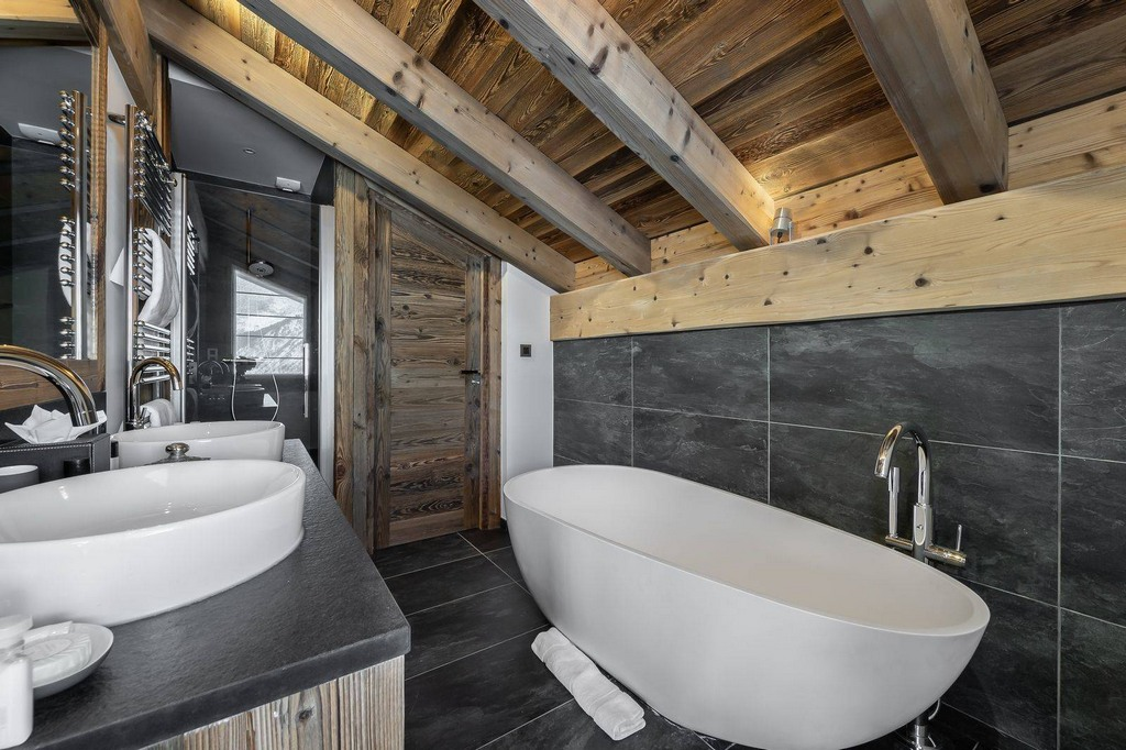 Bathroom_Toilet_Chalet Pure White Crystal